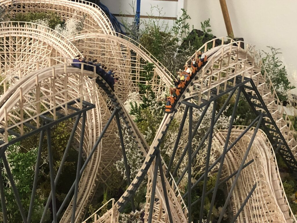 Skyline_Attractions_Dueling_Wooden_Coaster_Model_34