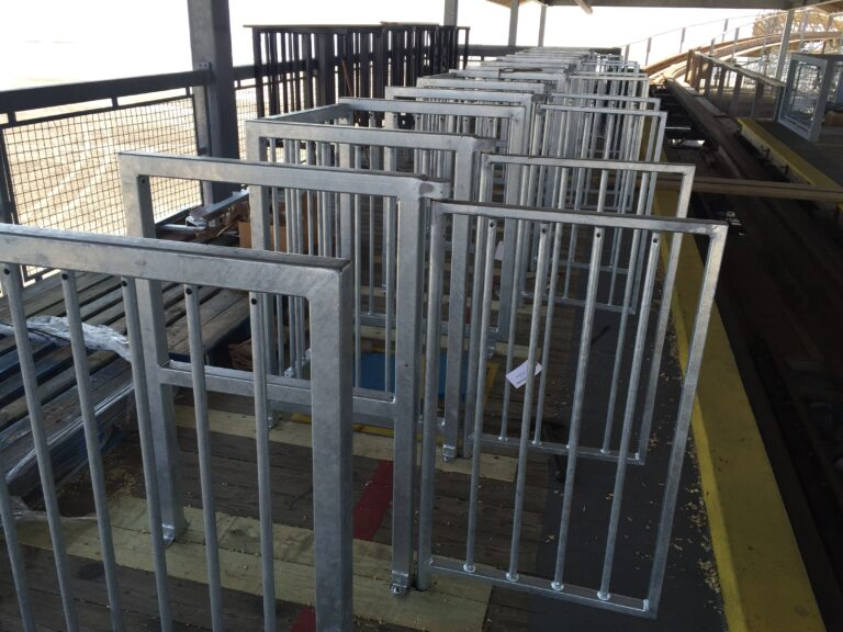 Skyline_Attractions_Moreys_Piers_Great_White_Queue_Gate_Design_03