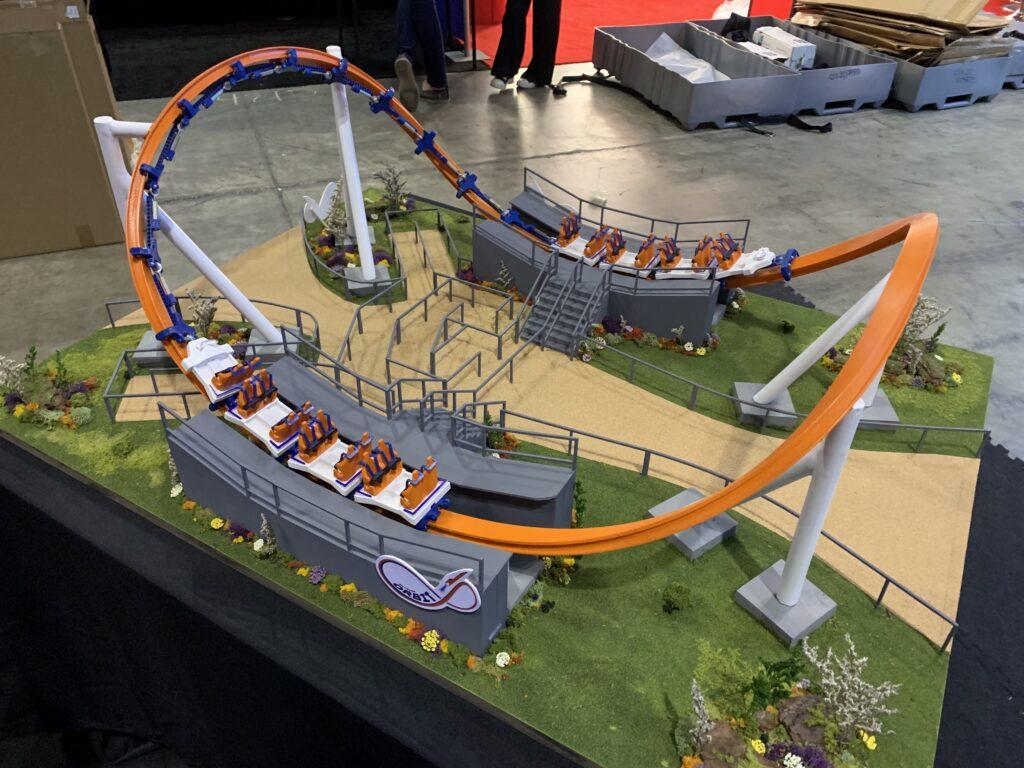 Skyline_Attractions_Orbit_Scale_Model_42